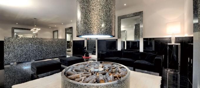 "Black Mother Of Pearl ""Lounge"""