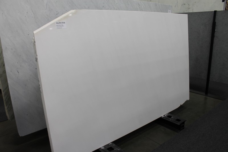 Bianco Sivec EXtra-Polished Marble