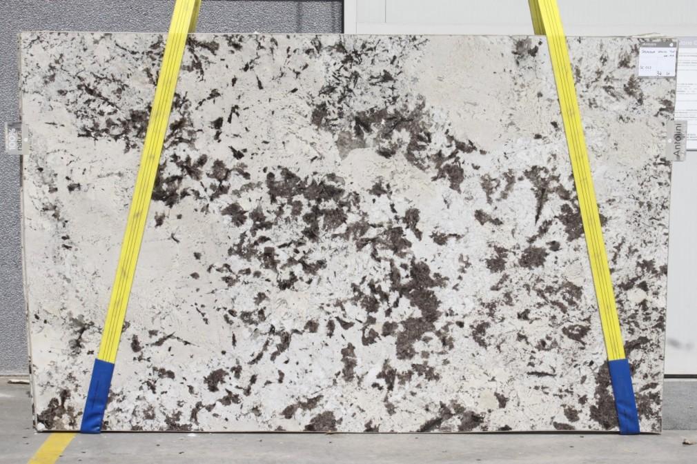 Splendor White Granite Polished Block
