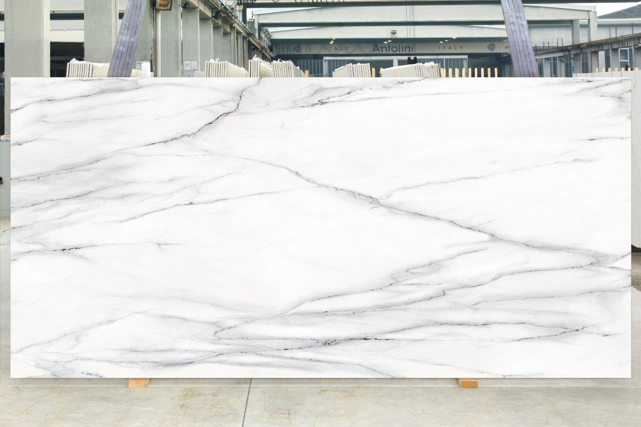 Calacatta Lincoln Tech Granite